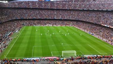 Barcelona y Real Madrid en el podio del negocio del fútbol