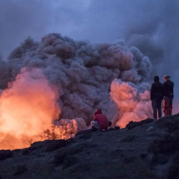 The North Face afronta el reto de descender un volcán