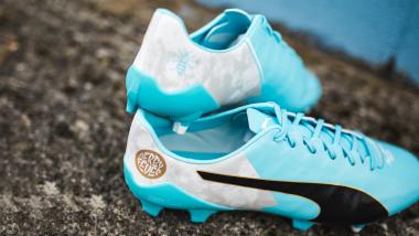 Puma presenta las nuevas botas para el Kun Agüero