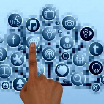 Más de 15 millones de españoles siguen marcas a través de redes sociales