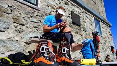 Scarpa se une al dolor por la muerte de Ueli Steck