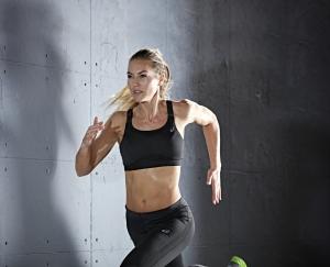 mujer corredora