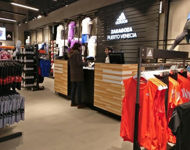 adidas-tiendas-de-deporte-centro-comercial-puerto-venecia-zaragoza-tiendas -de-deporte crop zzxzx71566 bc8bb86ae42e6