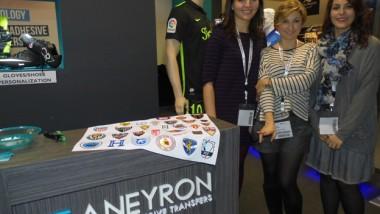 Aneyron se apoya en su servicio para crecer en doble dígito