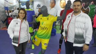 Luanvi despierta expectación en Ispo con su simulador virtual de equipaciones