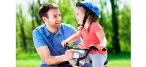 padre-con-su-hijo-en-bicicleta