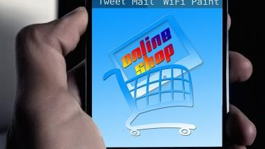 Las razones navideñas para facilitar la compra por móvil