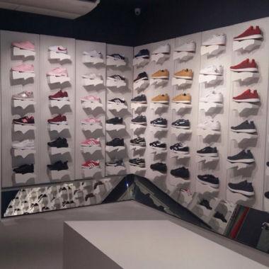 Crecen por tercer mes consecutivo los precios de textil y calzado