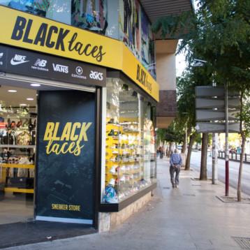 Black Laces desembarca con su segunda tienda de sneakers en Jaén