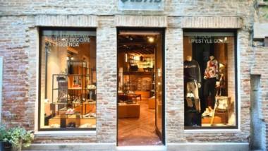 Lotto abre una flagship en el centro de Treviso