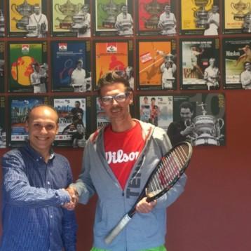 Wilson se alía con Graffos para mejorar el rendimiento de sus jóvenes tenistas
