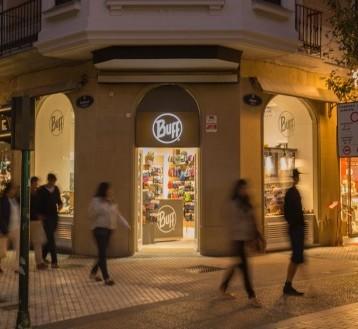 Buff llega a Granada con una tienda propia