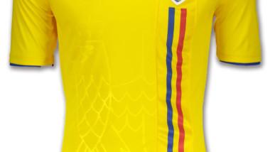 Joma presenta la equipación de Rumanía para acceder a la Eurocopa de fútbol