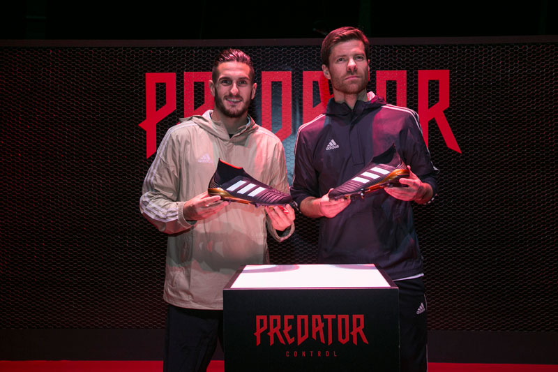 Visión joyería Bloquear  Adidas une pasado, presente y futuro para presentar sus nuevas Predator -  Diffusion Sport