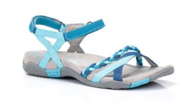 Chiruca copa su colección de sandalias de primavera-verano 2018 de colores llamativos