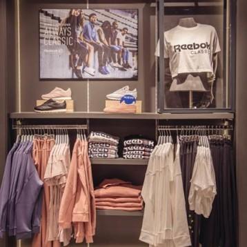 Las rebajas reducen los precios de textil y calzado en un 15,3%