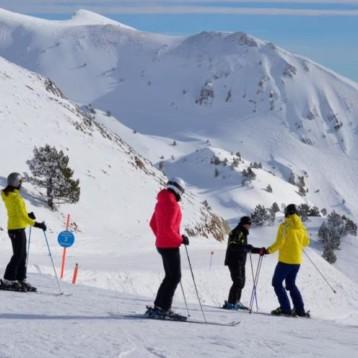 Atudem promueve el esquí coincidiendo con el Día Mundial de la Nieve