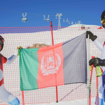 Dos esquiadores afganos en Pyeongchang 2018