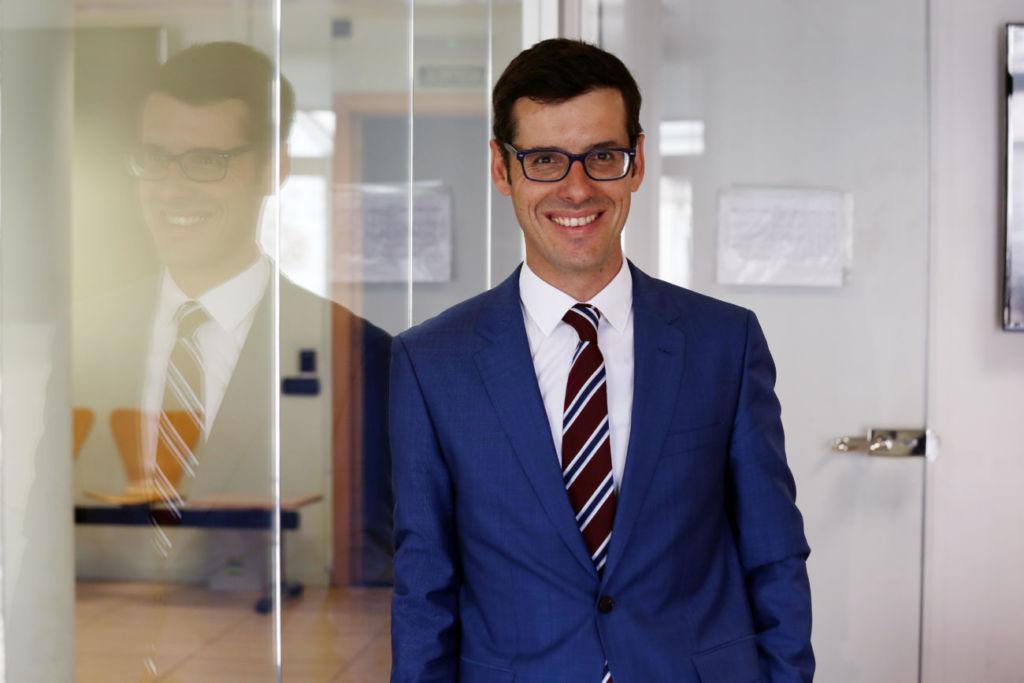 Oriol López Villena consultor