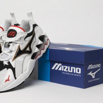 Mizuno se introduce en el sportsyle reinterpretando la Wave Rider