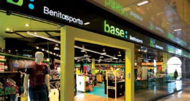Base_Benitosports cumple 75 años como tienda de deportes