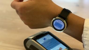 Garmin teje una alianza tecnológica con Visa y Caixabank