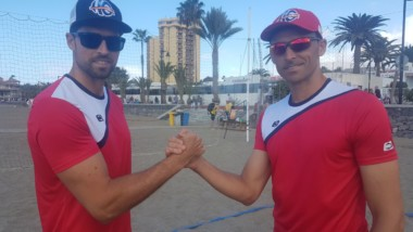 John Smith gana visibilidad en el World Tour de volley playa