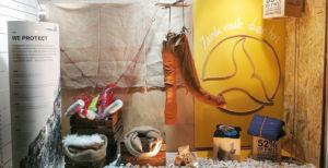 La tienda de deporte Loramendi gana el concurso de escaparates de Ternua