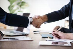 sondeo relaciones entre proveedores y distribución del sector deportivo