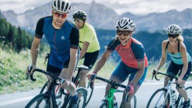 La tecnología Ceramicool de Odlo se convierte en el mejor aliado del ciclista en verano