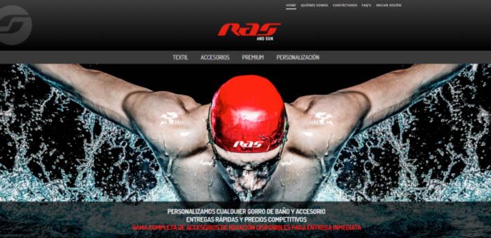 One Time Oxy es una compañía de natación y baño con marcas como Oxy, Ras o Misko&Jones