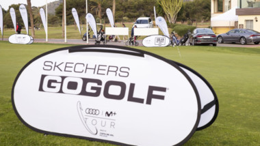 Skechers pisa el green de la mano de Audi y Movistar