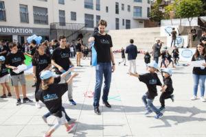 Pau y Marc Gasol luchan contra la obesidad infantil a través de la Gasol Foundation