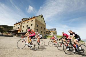 actividades deportivas en instalaciones de Grup FGC durante el verano