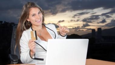 La mitad de los españoles compran online cada quince días