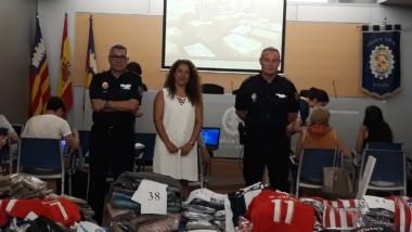 La policía incauta en Palma más de 8.000 productos falsos