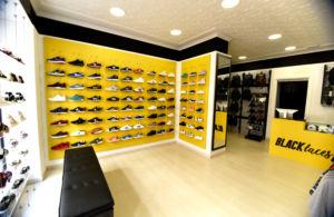 Black Laces inaugura tienda en Ayamonte (Huelva)