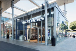 tienda Skechers abierta en Barcelona, en el centro comercial La Maquinista