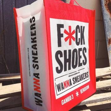 Tabarka Creations presenta sus bolsas reutilizables para tiendas