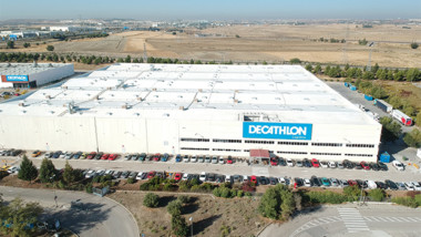 Decathlon abre su séptimo centro logístico en España