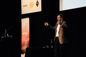 Marcus Dapp interviene en la Cumbre Europea del Outdoor para hablar de digilitzación, tecnología y futuro