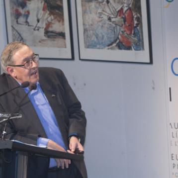 Juan Manuel Surroca rinde homenaje al cincuentenario de México'68