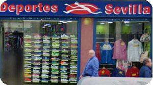 Base suma siete tiendas al incorporar a Deportes Sevilla