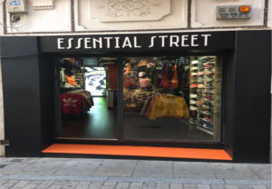 Essential Street estrena punto de venta en Plasencia