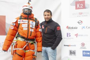 Trangoworld acompaña a Alex Txikon al K2