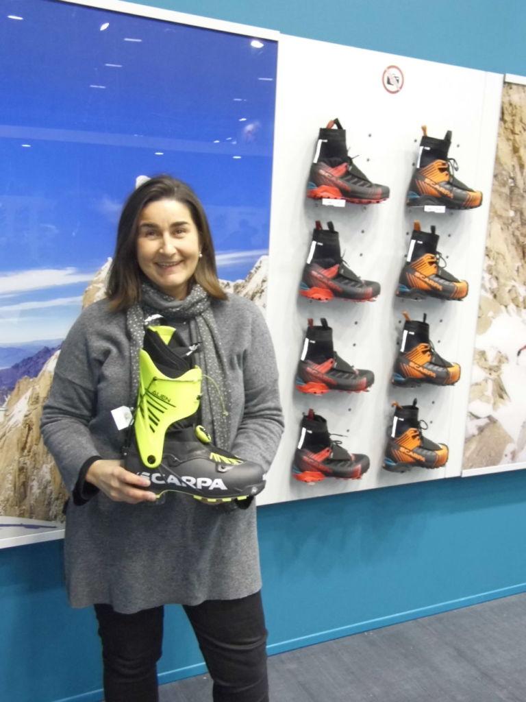 Iberovegas de Distribuciones muestra su satisfacción con Accapi y Scarpa en el stand de la firma de calzado italiana en Ispo Munich
