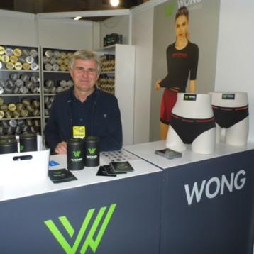 Wong prioriza el contacto con el consumidor