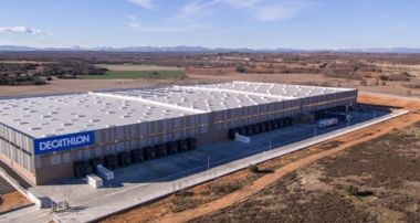 Nuevo centro logístico de Decathlon en León