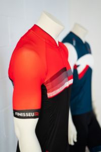 Deporvillage lanza Finisseur, marca textil de ciclismo