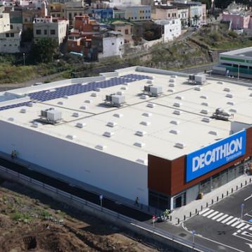 Decathlon interrumpe su crecimiento y cae un 3% en España